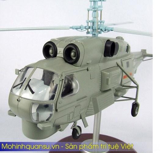 Mô hình máy bay trực thăng KA-28 tại Việt Nam