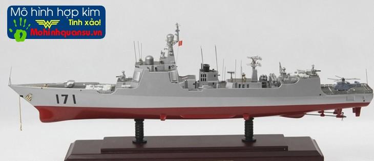 Mô hình tàu chiến làm bằng hợp kim kẽm